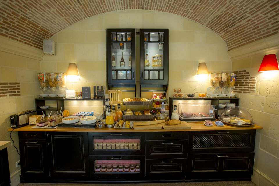 Hôtel Augeval - NEW_hotel_augeval_deauville_petit_dejeuner_01.jpg