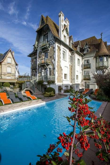 Hôtel Augeval - NEW_hotel_augeval_deauville_facade_augeval_piscine_01.jpg