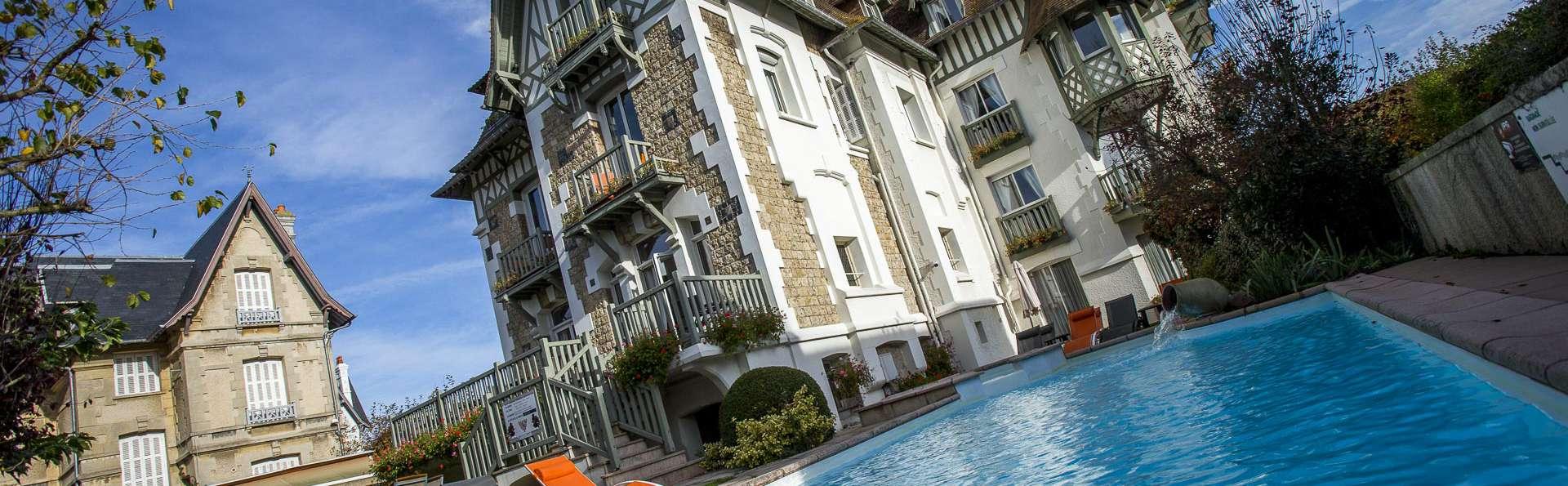 Hôtel Augeval - NEW_hotel_augeval_deauville_facade_augeval_piscine_03.jpg