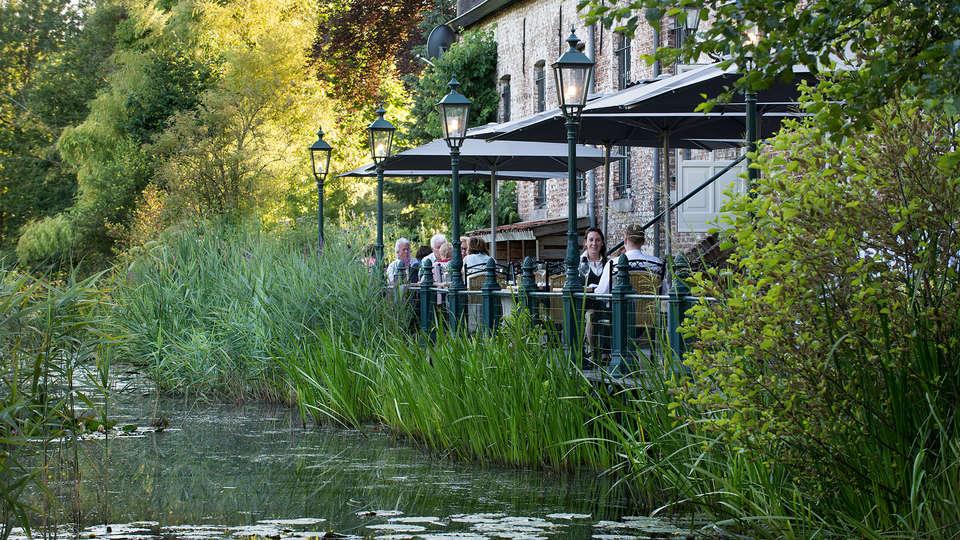 Landgoed Kasteel Daelenbroeck  - EDIT_patio.jpg