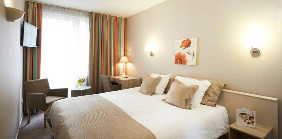 week end nouvel an bruxelles avec d ner du r veillon du jour de l 39 an 6 plats pour 2 adultes. Black Bedroom Furniture Sets. Home Design Ideas