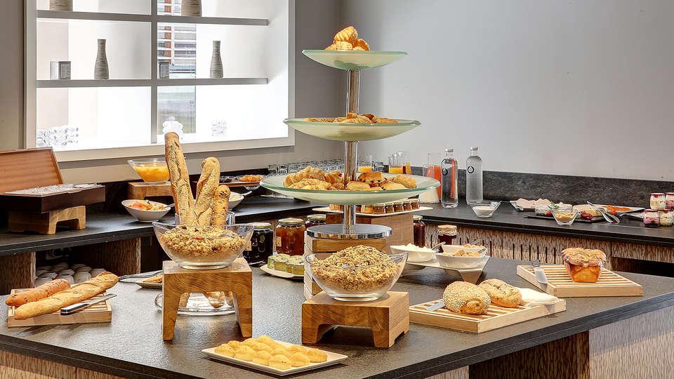 Best Western Plus Paris Meudon Ermitage - EDIT_buffet.jpg