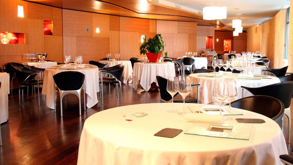 Quality Suites Bordeaux Aéroport & Spa - EDIT_restaurant2.jpg