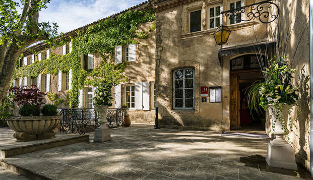 Le Moulin de Vernegues Hotel et Spa Les Collectionneurs - front