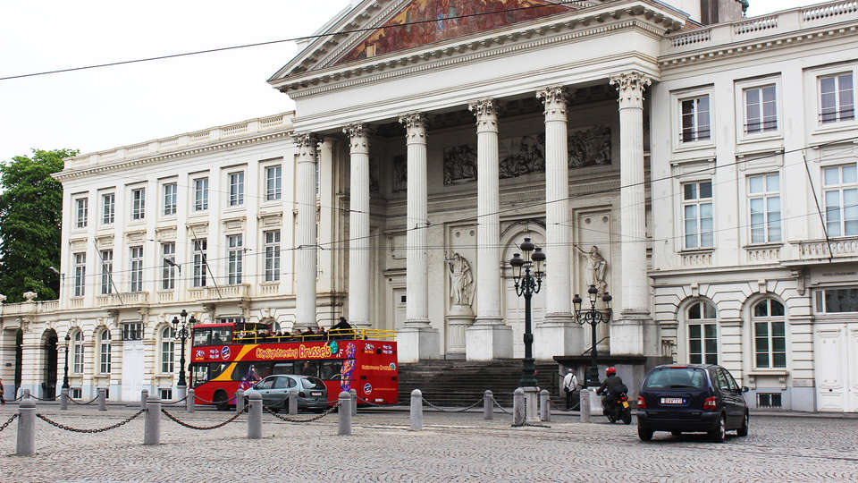 ibis Styles Brussels Centre Stéphanie - EDIT_hopoff1.jpg
