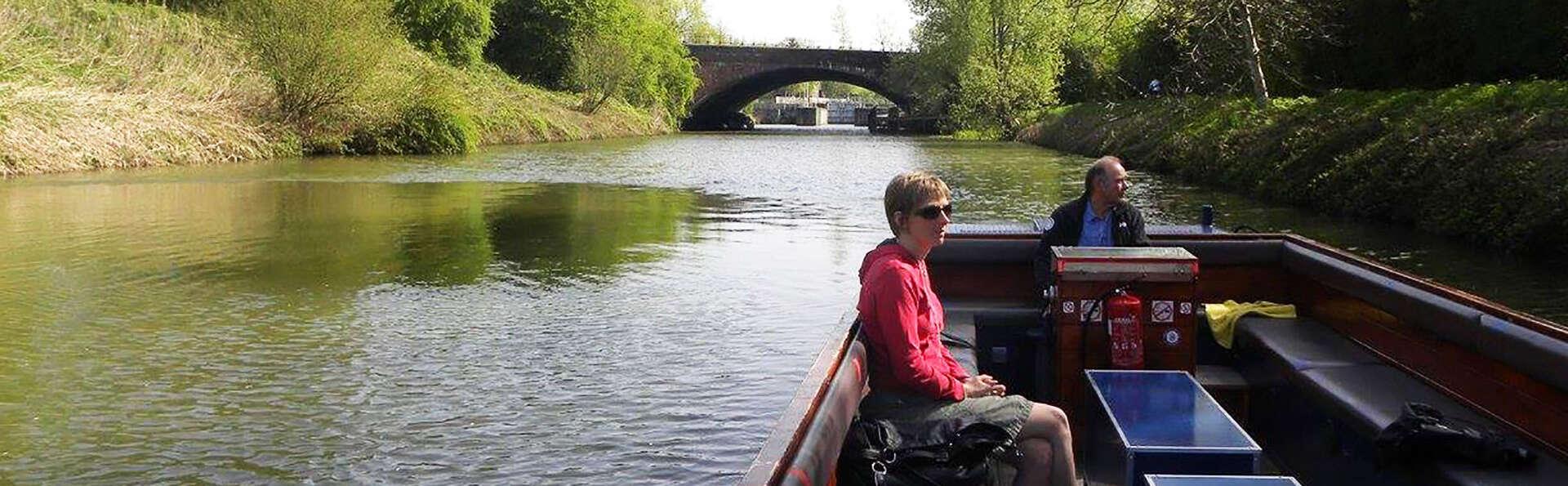 Ontdek Mechelen vanop het water met een boottocht op de Dijle
