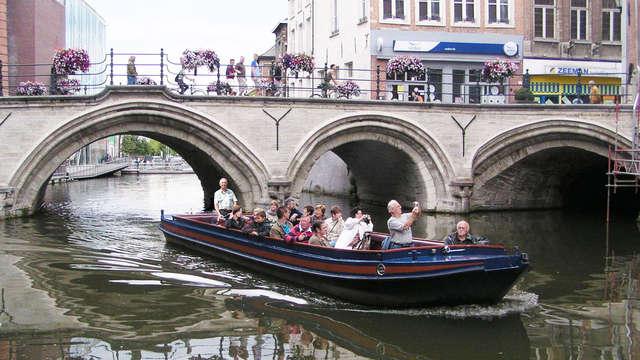 Ontdek de charme van Mechelen met een boottocht over de Dijle