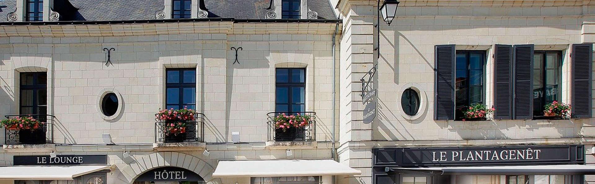 Hostellerie La Croix Blanche - EDIT_front33.jpg