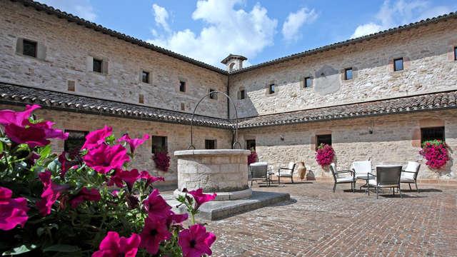 Pausa di relax con accesso spa e mezza pensione a Gubbio