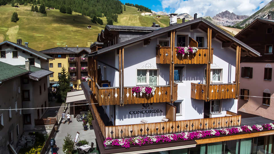 Hotel Concordia - edit_exterior-summer-_3_.jpg