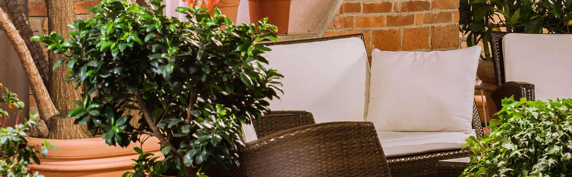 Hotel Reale - edit_lounge_terras.jpg