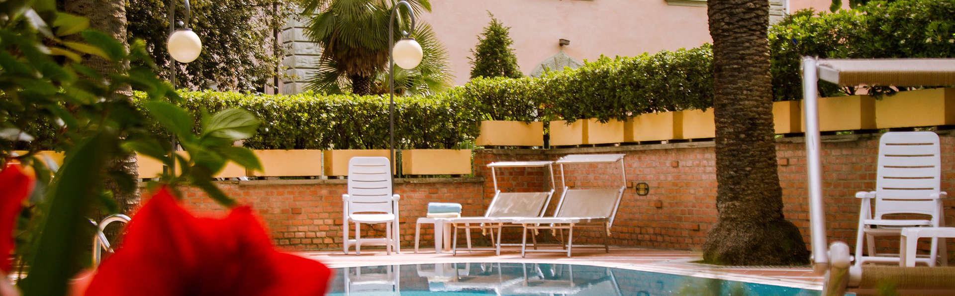 Hotel Reale - edit_pool3.jpg