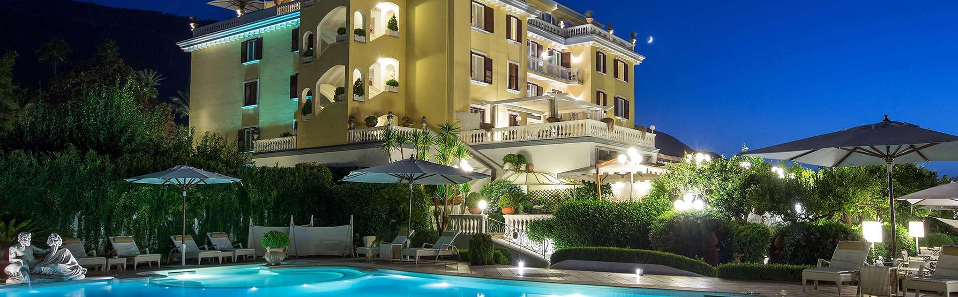 La Medusa Hotel & Boutique Spa - edit_facade_pool.jpg