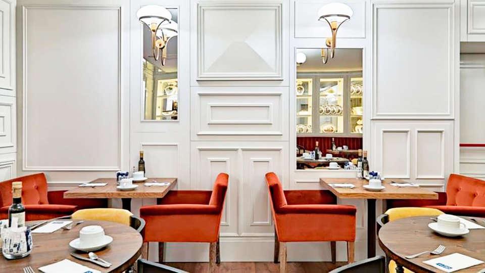 Boutique Hotel H10 Villa de la Reina - EDIT_restaurant2.jpg
