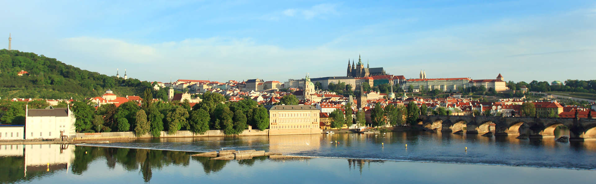 Hotel Leonardo Prague - edit_Castle-View-Rooms-View.jpg