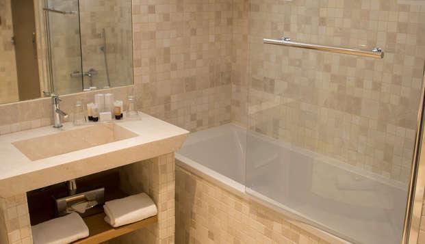 Dolce Fregate Provence - bathroom