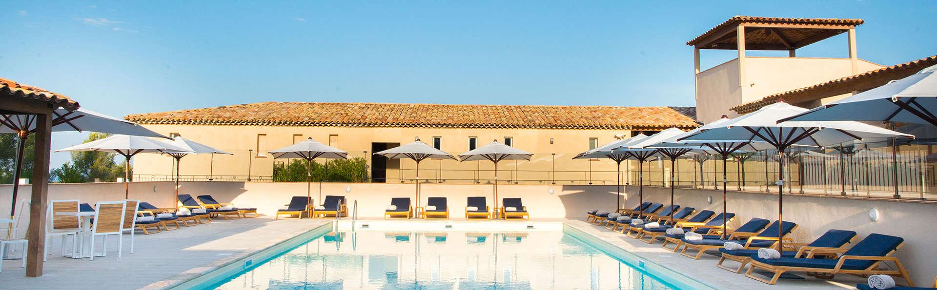 Dolce Frégate Provence - EDIT_pool35.jpg