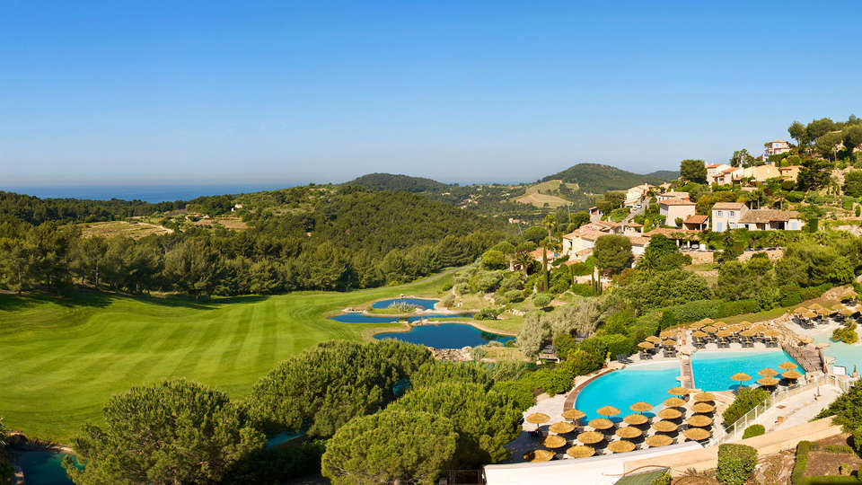 Dolce Frégate Provence - EDIT_viewsea_and_golf.jpg
