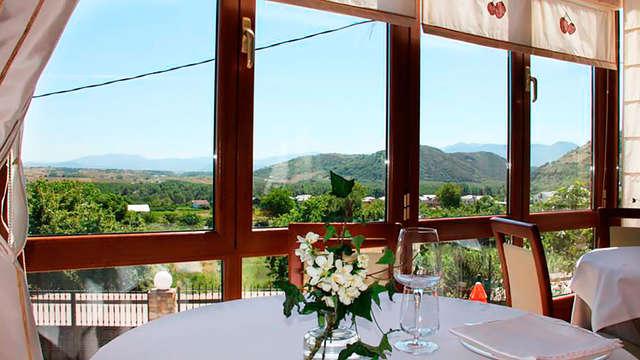 Escapada en un hotel con encanto con una cena típica y con visita a Las Médulas (desde 2 noches)