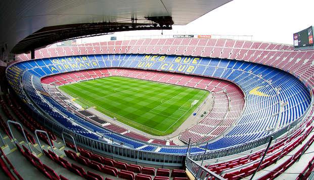 Especial Fútbol: Visita el Camp Nou y alójate a 15 minutos en un apartamento para 4