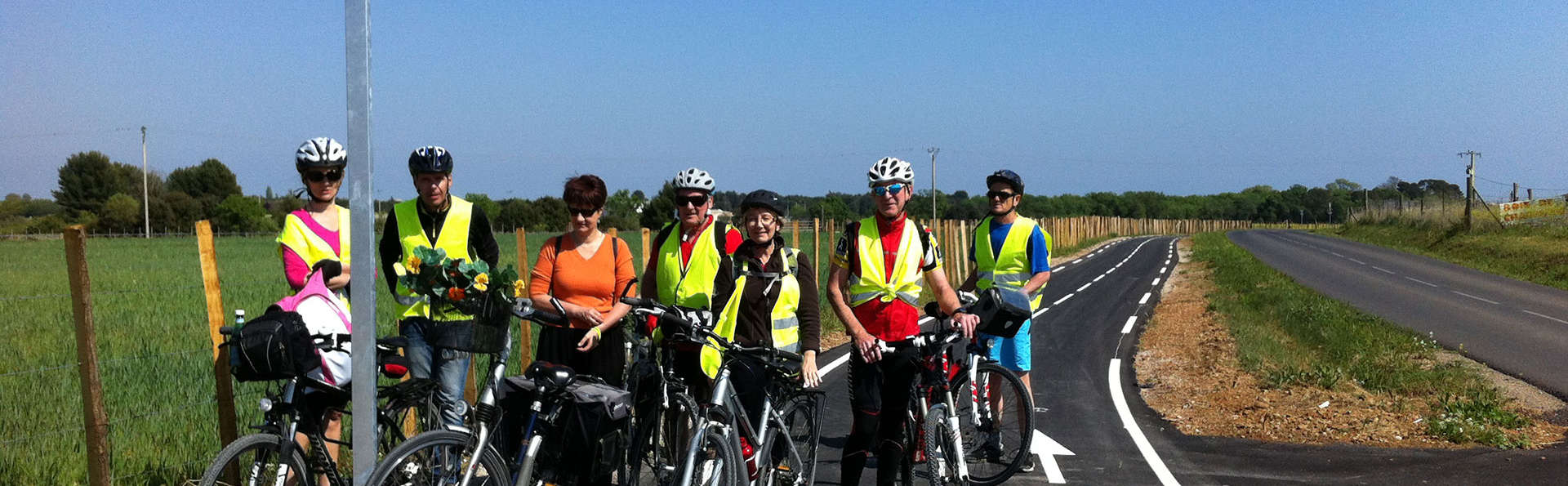 Week-end en famille en plein coeur du Gard avec balade guidée de Nîmes en vélo