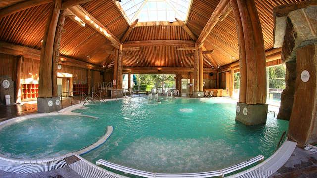 Disfruta de un balneario con un masaje en pleno corazón de los Pirineos