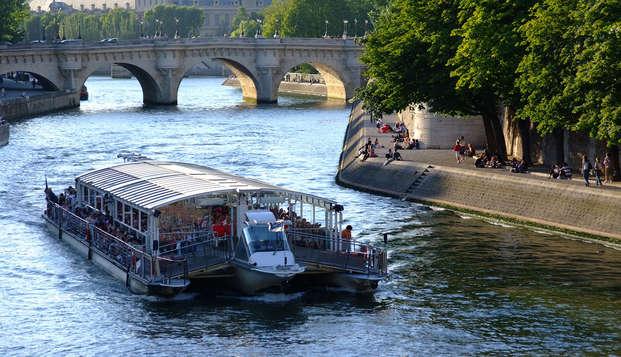 Navega por el corazón de París durante una estancia 3*