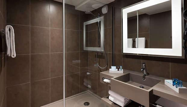 Novotel Fontainebleau Ury - bathroom