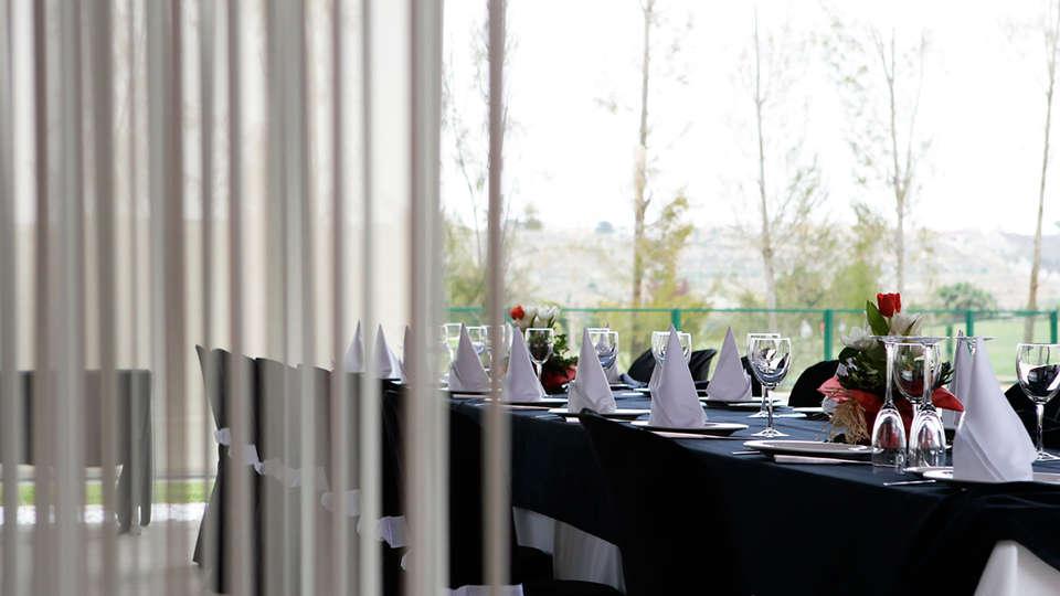 La Finca Golf & Spa Resort  - EDIT_restaurant.jpg