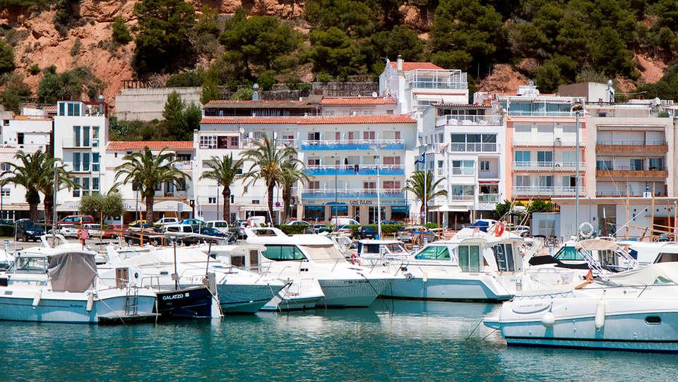 Hotel & Diving Les Illes - EDIT_front.jpg
