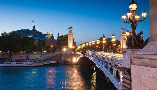 Relax a Parigi con giro in barca sulla Senna
