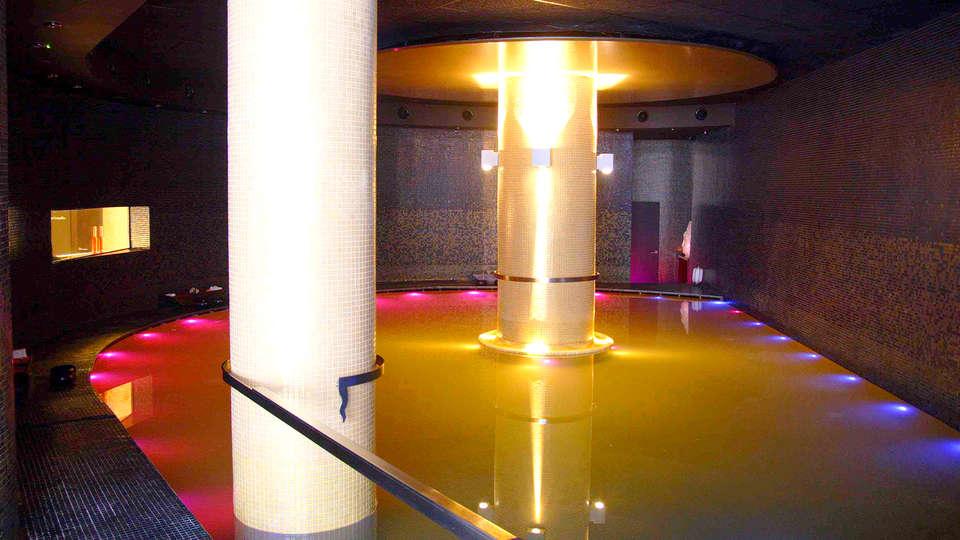 Hotel Condes de Haro - edit_SalineSpa.jpg