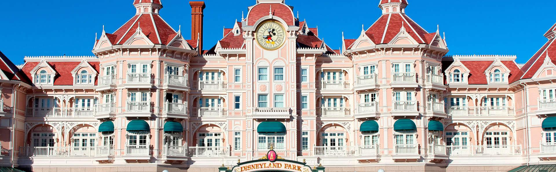 Beleef een magisch weekend in Disneyland Parijs (2 dag / 2 parken)