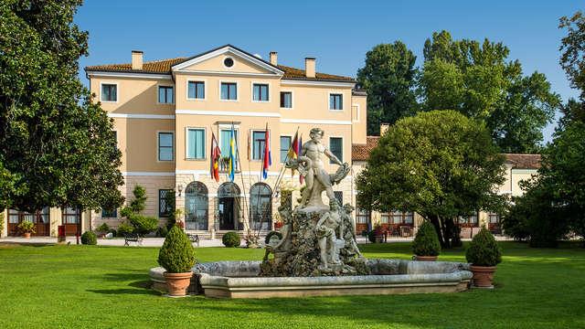 Soggiorno romantico in Junior Suite con cena tipica ad un passo da Padova