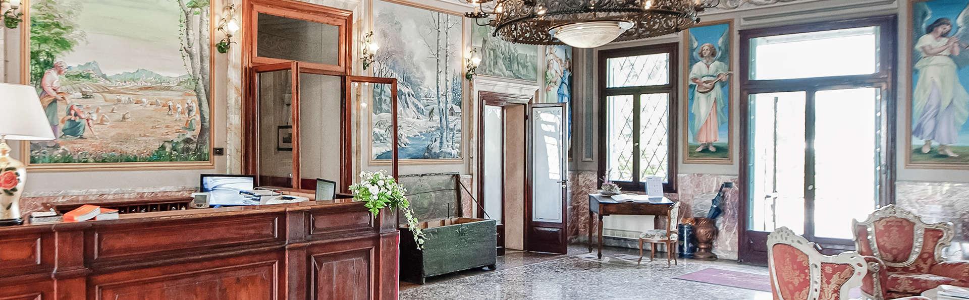 Best Western Plus Hotel Villa Tacchi - edit_reception.jpg