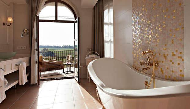Lujo en junior suite con servicios 5* en el interior de Girona