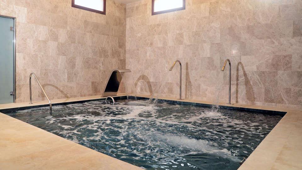Casa Anamaria Hotel & Villas - EDIT_Spa_piscina_ludica.jpg