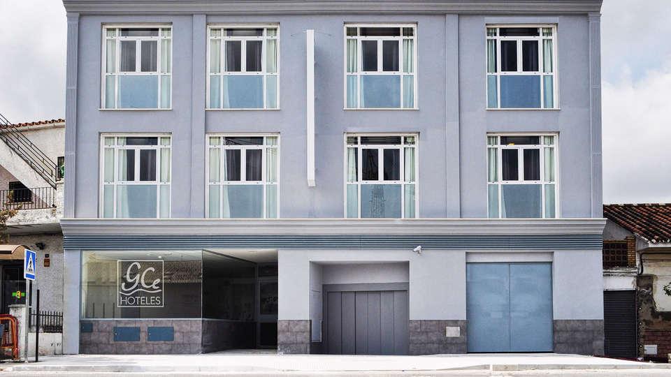 GCE Hoteles - EDIT_front.jpg