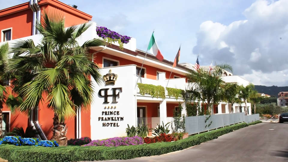 Hotel Prince Franklyn - edit_front.jpg