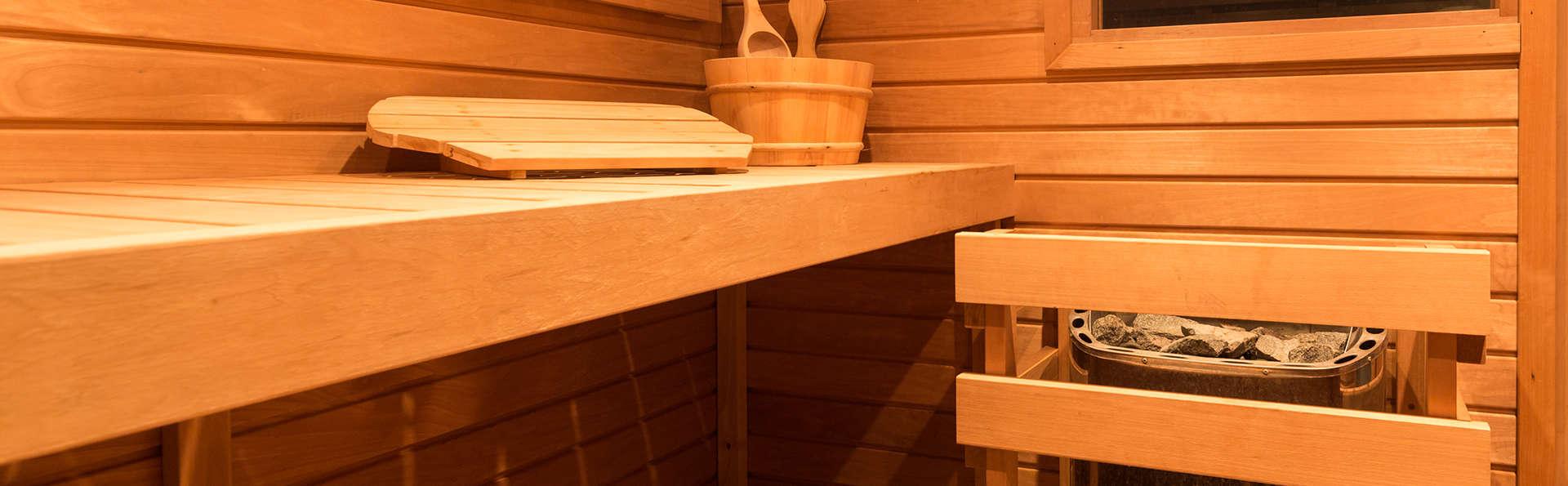 The Florence Hills Resort & Spa - edit_sauna.jpg