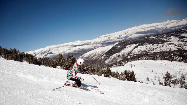 Disfruta de la nieve en La Molina y descubre Bagà (desde 2 noches)