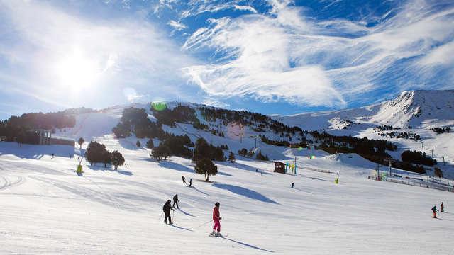 Especial esquí con media pensión, spa y forfait de 2 días para Grandvalira