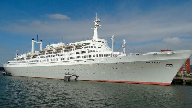 Descubre la bonita ciudad de Róterdam desde un antiguo crucero (desde 2 noches)