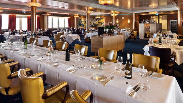 ss Rotterdam Hotel and Restaurants - clubroom