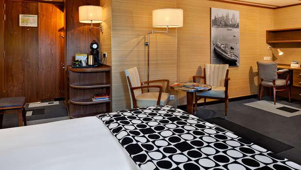 ss Rotterdam Hotel and Restaurants - superior