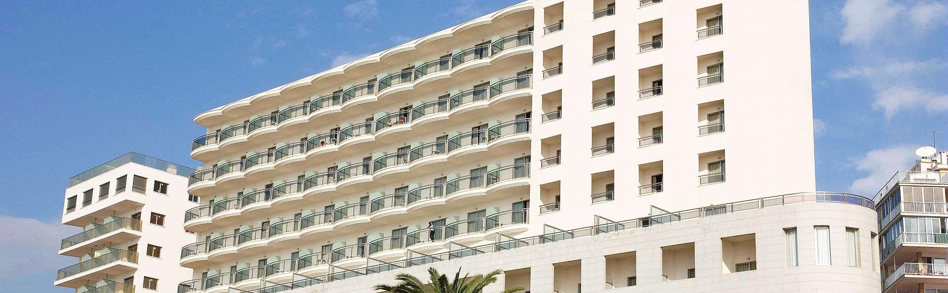 Hotel Bahía Calpe by Pierre & Vacances - edit_Fachada-Hotel.jpg