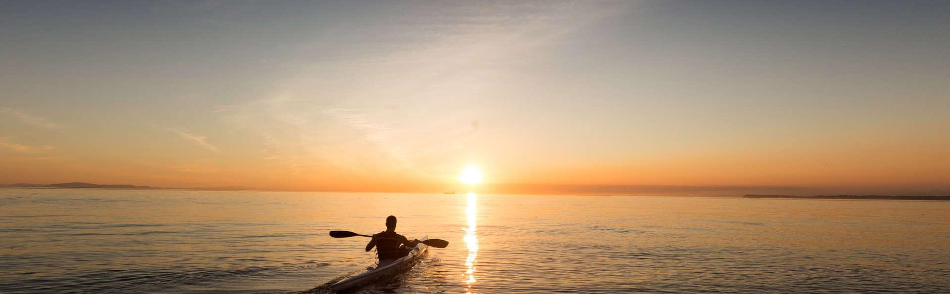 Mini-vacances en pension complète et circuit en kayak dans la baie de Gibraltar (2nuits)