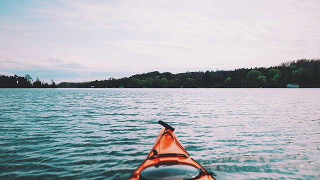 Descubre los mares del sur practicando Kayak y Snorkel en Zahara de los Atunes
