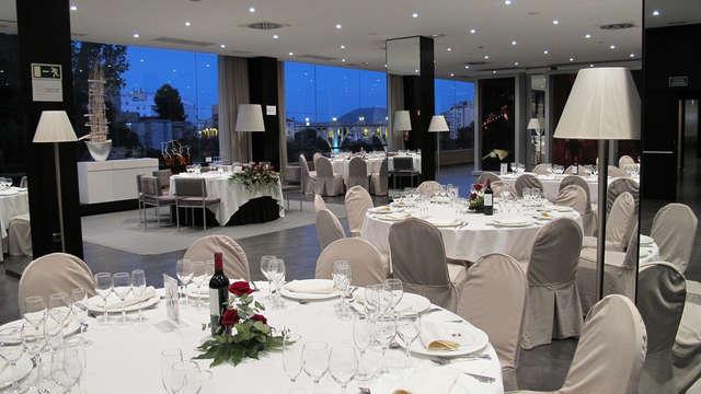 Visita Alcoy y alójate en un moderno hotel con cena incluida y sesión de jacuzzi (desde 2 noches)