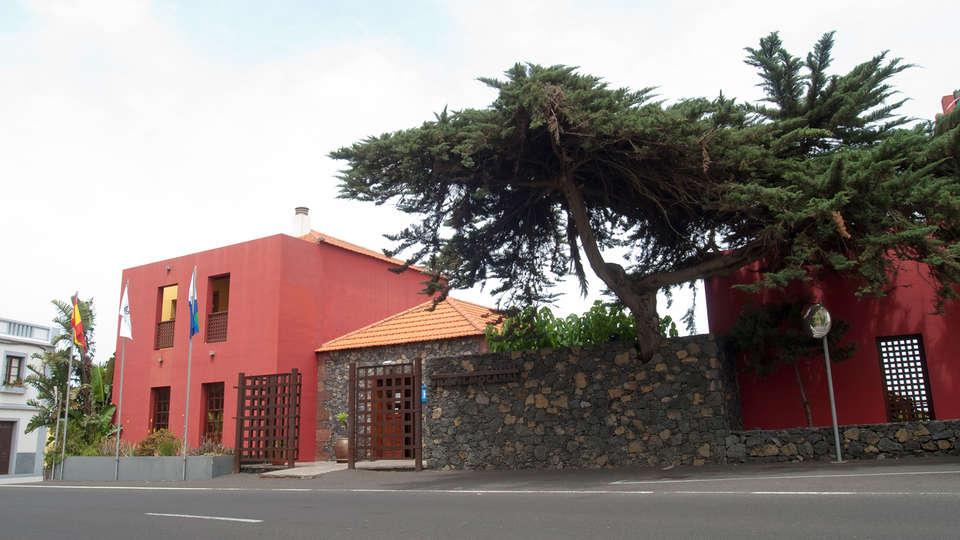 Hotel Villa El Mocanal - edit_facade2.jpg